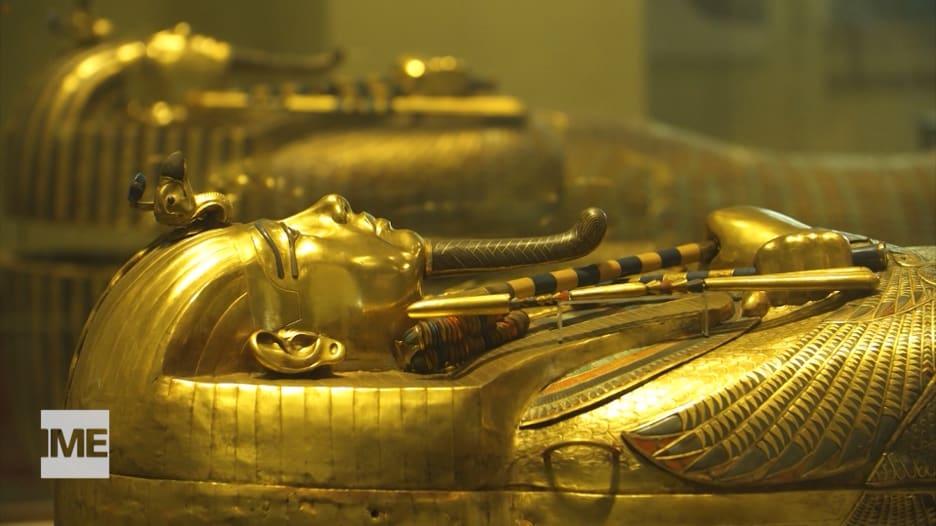 من متحف القاهرة إلى المتحف المصري الكبير.. رحلة كنوز توت عنخ آمون