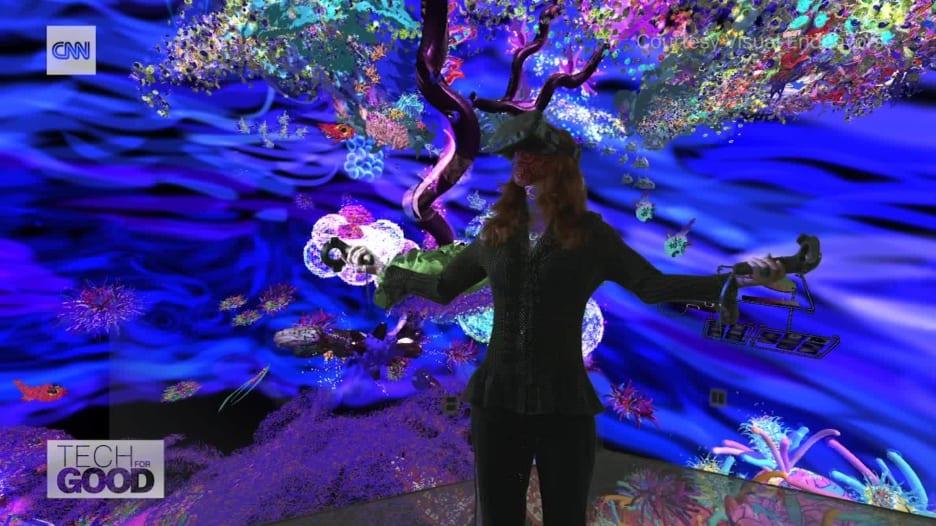 """فنانة تنشئ عوالم خيالية بـ""""الواقع الافتراضي"""" لحماية الحياة البحرية"""