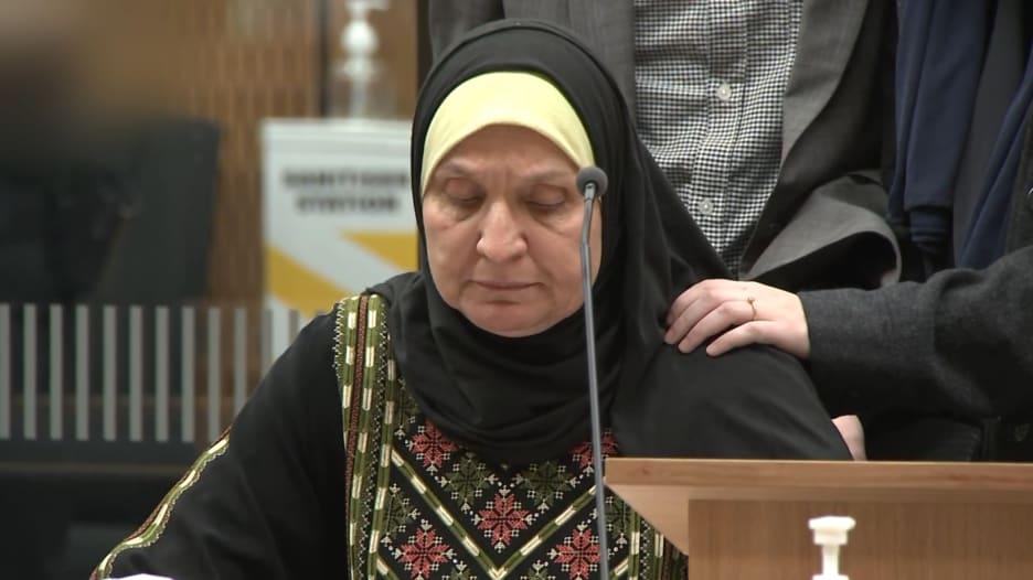 والدة أحد ضحايا هجوم مسجدي نيوزيلندا للجاني: العالم لن يغفر لك جريمتك