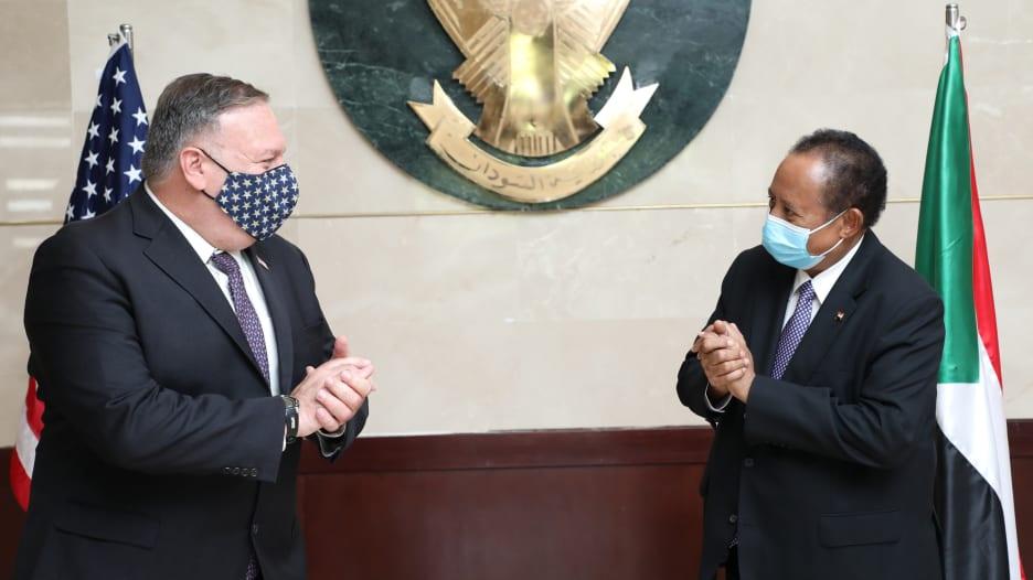 """في أول رحلة رسمية من إسرائيل.. بومبيو يصل السودان ويبحث رفعها من """"قائمة الإرهاب"""""""