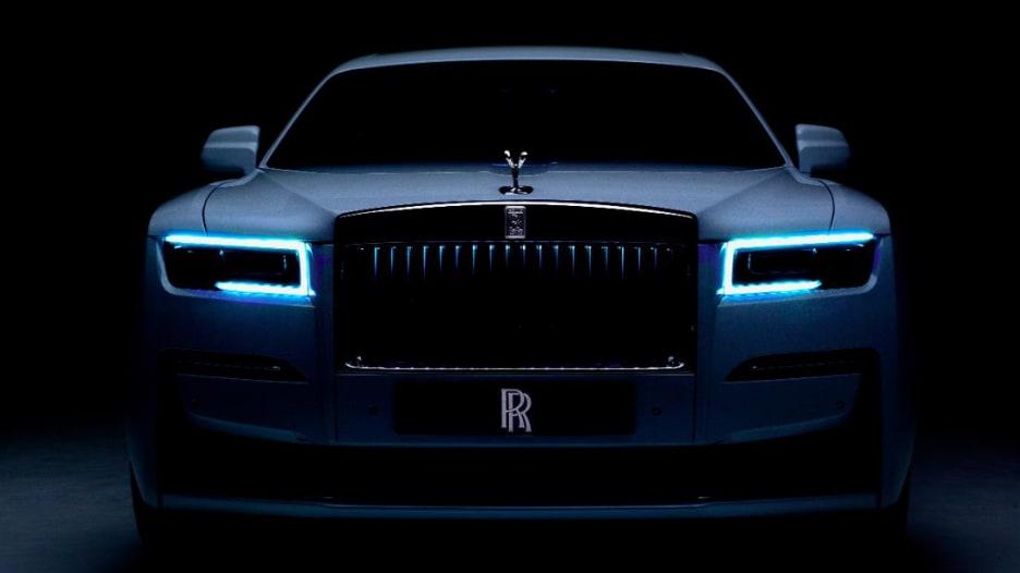 """هذه سيارة رولز رويس """"غوست"""" الجديدة.. ما سعرها؟"""