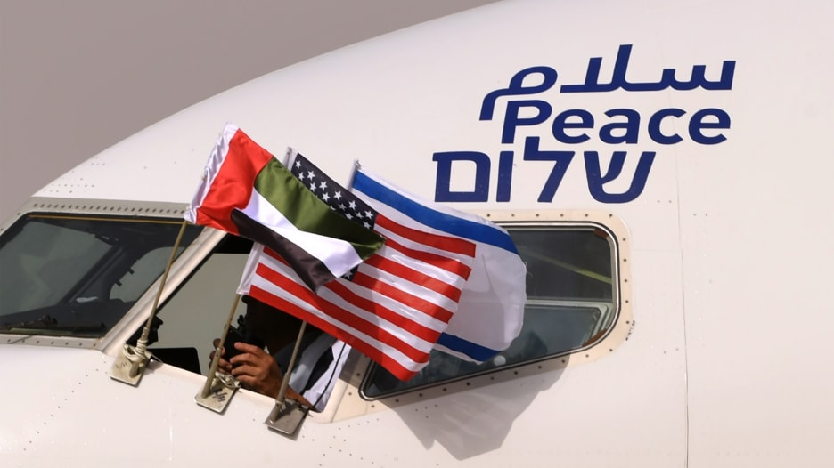 إعلامي إسرائيلي لـCNN: فتح السعودية المجال الجوي لطائراتنا بطلب من الإمارات رسالة مهمة