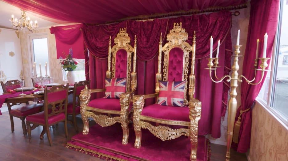 قصر باكنغهام المصغر.. يمكنك حجزه لقضاء العطلة