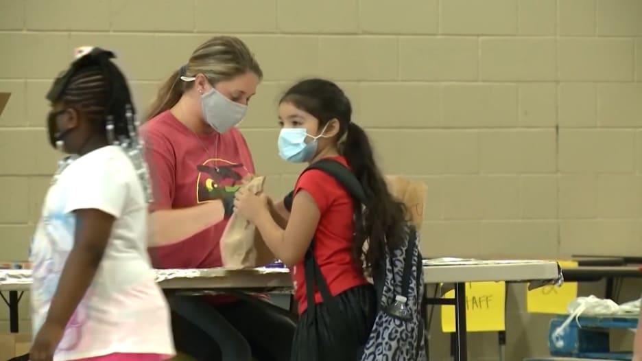 دراسة جديدة تكشف عن ارتفاع في حالات الإصابة بفيروس كورونا بين الأطفال.. ما سبب ذلك؟