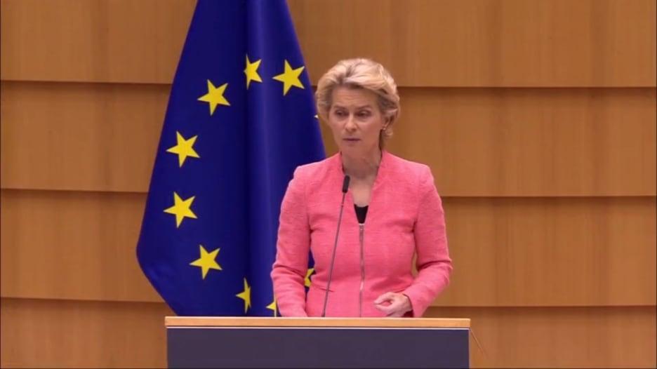 رئيسة مفوضية أوروبا: عملية تسميم المعارض نافالني ليست الأولى من نوعها