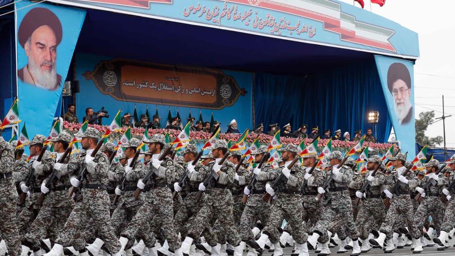 كيف سينعكس تطبيع الخليج مع إسرائيل على إيران؟.. إعلامي سعودي يوضح لـCNN: