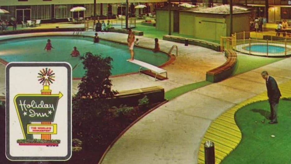 """فندق """"هوليدوم"""" في السبعينيات.. حنين إلى جنة الكبار والصغار"""