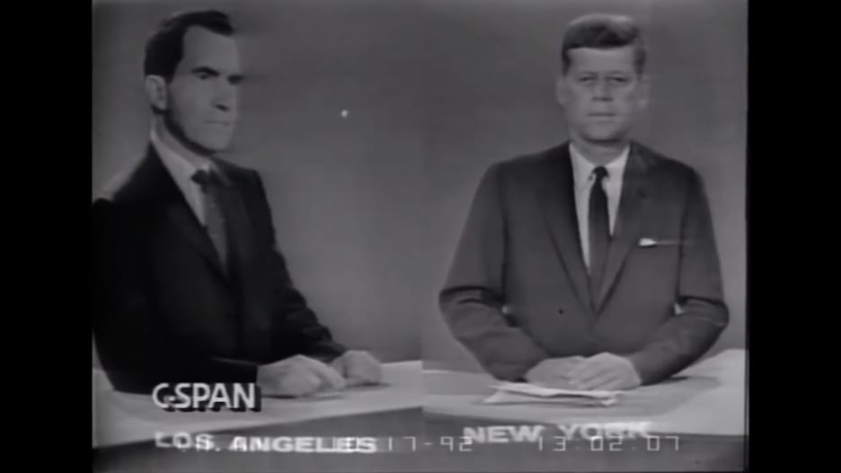 """مناظرة ترامب وبايدن لن تكون الأولى.. شاهد المناظرة الرئاسية """"الافتراضية"""" في عام 1960"""
