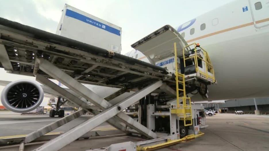 هكذا تستعد شركات الطيران لنقل لقاح فيروس كورونا