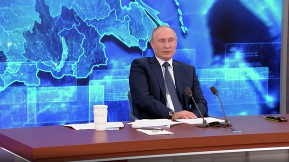 بوتين: الخارجية والاستخبارات الأمريكية يقفون وراء تأليف قصة القرصنة