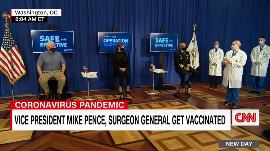 شاهد.. لحظة أخذ مايك بنس وزوجته لقاح كورونا علنا أمام الكاميرات