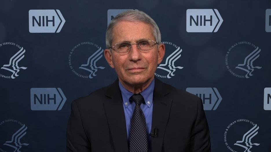 الدكتور فاوتشي يناقش ما إذا كان يجب تطعيم ترامب أم لا