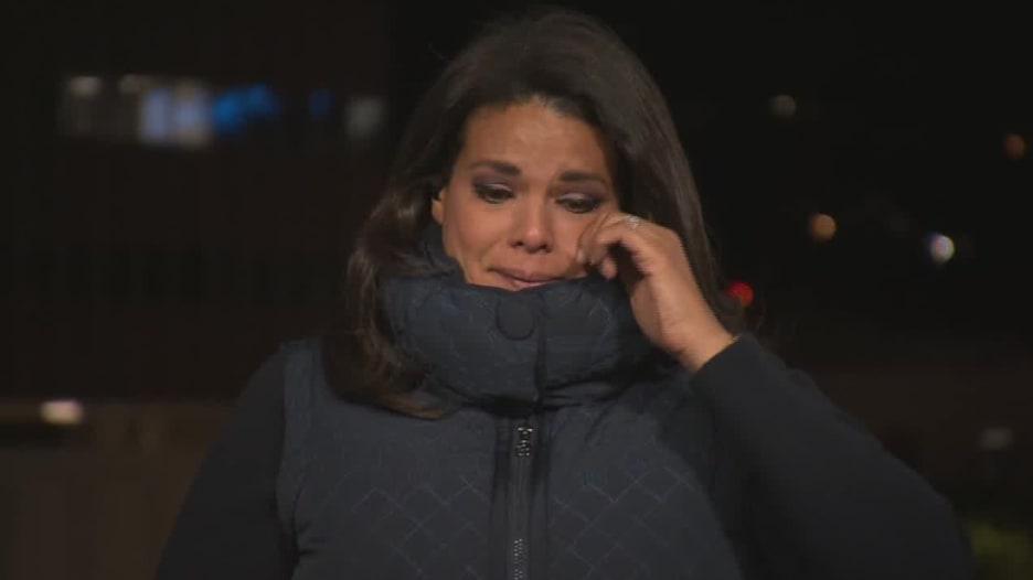 مراسلة CNN تبكي في بث مباشر بعد تقريرها عن عائلة أجبرت على إجراء جنازة بموقف سيارات