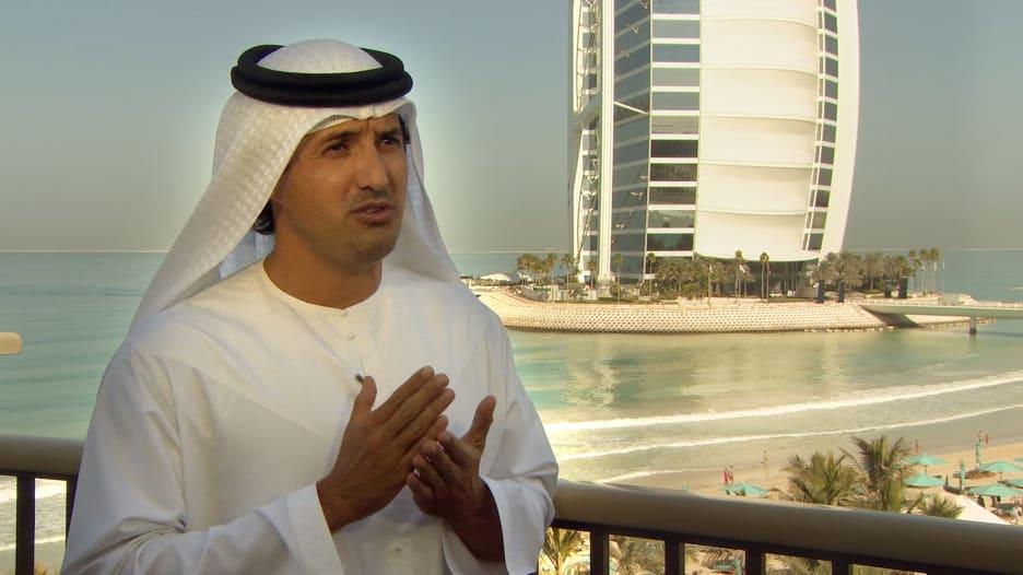 المري لـCNN: دبي لديها خطة واضحة للتعامل مع كورونا والارتفاع مرتبط بالامتثال
