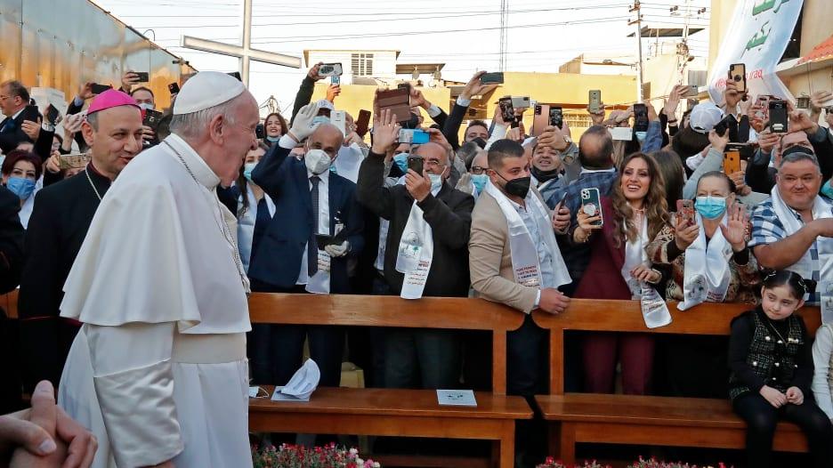 ما هي ارشادات فيروس كورونا التي يفرضها العراق خلال زيارة البابا فرنسيس الى البلاد؟