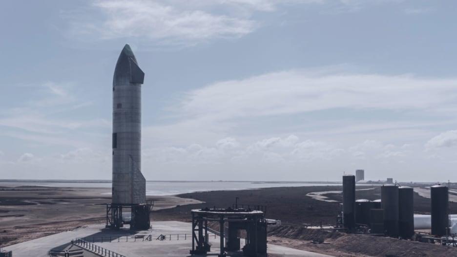 """شاهد انفجار نموذج صاروخ المريخ من """"سبيس إكس"""" أثناء عملية إطلاق تجريبي"""