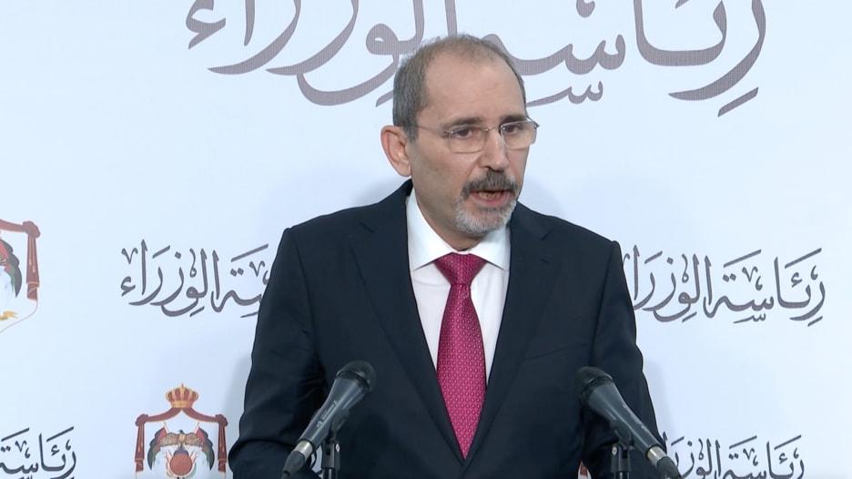 مصير ولي عهد الأردن السابق والاعتقالات الأخيرة.. أبرز ما جاء في مؤتمر الحكومة