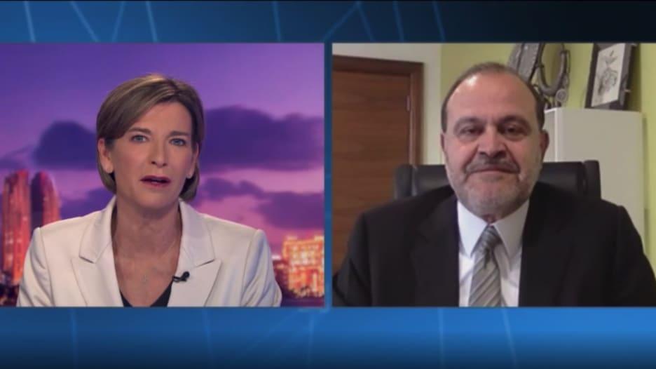 مذيعة CNN تسأل حسين المجالي عن مكان الأمير حمزة بن الحسين.. كيف رد؟