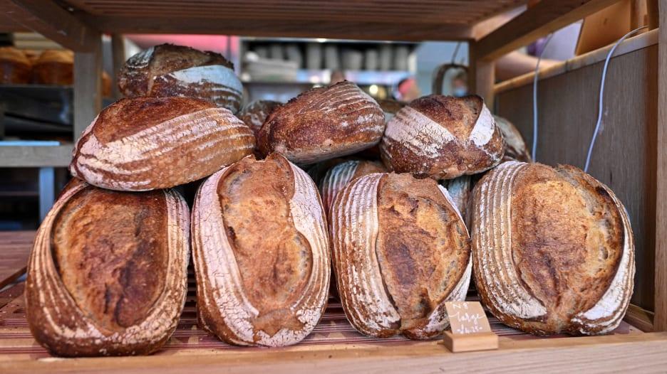 السر يكمن في الطحين.. كيف يمكنك التأكد من أن الخبز الذي تتناوله صحي؟