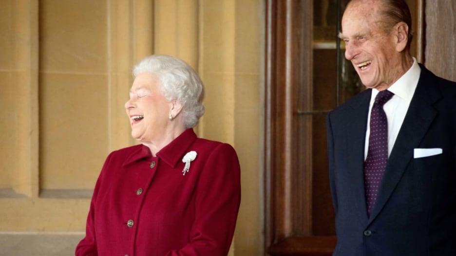 قصر باكنغهام يكشف تفاصيل جنازة الأمير فيليب