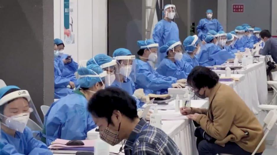 """الصين تكثف معدلات التطعيم وسط """"وضعية الحرب"""" لمكافحة كورونا"""