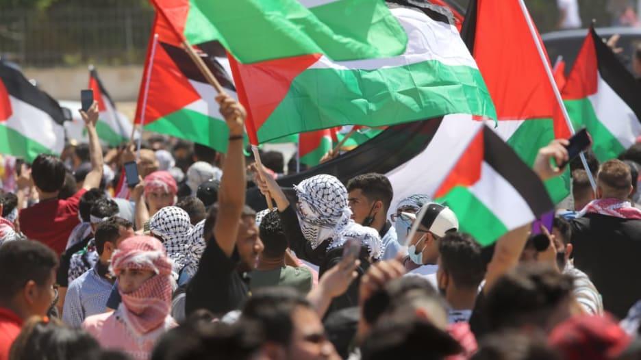 مجدداً.. أردنيون يتظاهرون قرب الحدود مع إسرائيل للتضامن مع الفلسطينيين