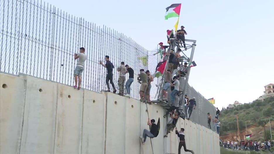 غضب على الحدود اللبنانية الاسرائيلية بسبب أحداث غزة.. شاهد ما حدث