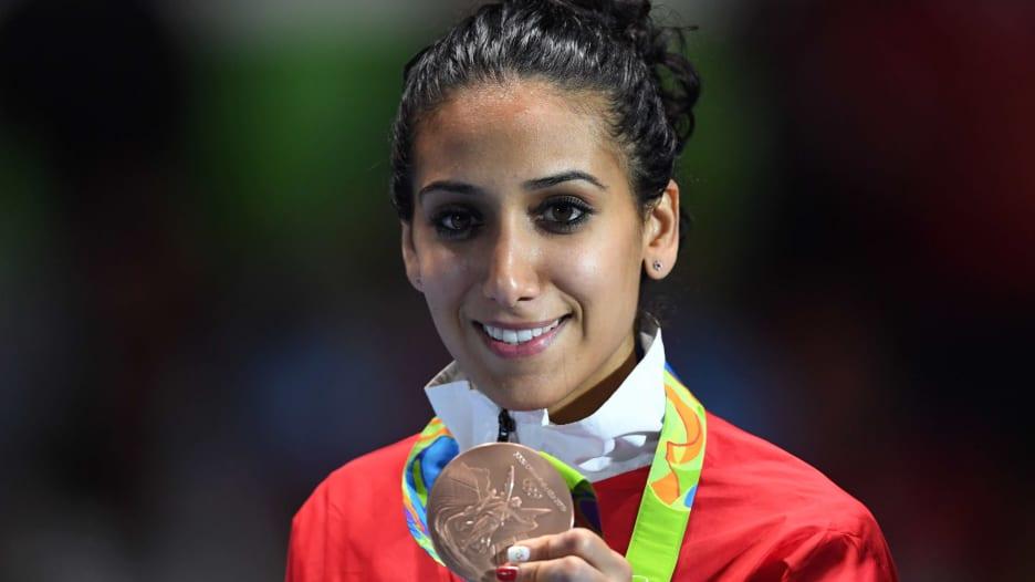 المبارزة التونسية إيناس بوبكري: أحلم بميدالية ذهبية في أولمبياد طوكيو
