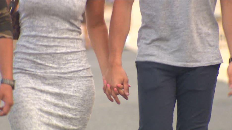 هل يمكن للزواج أن يقلّل من الخرف؟ دراسة تجد أن الأشخاص العازبين لديهم فرصة أكبر بنسبة 42٪ للإصابة بالمرض