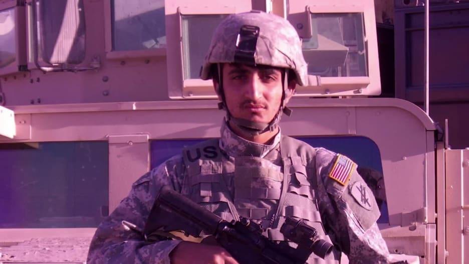 صنف إرهابيًا في أمريكا وجاسوسًا في أفغانستان.. مترجم سابق يواجه الإبعاد من أمريكا والقتل في بلاده