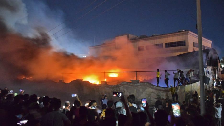 حريق مستشفى الحسين في العراق.. إليك كل ما نعرفه حتى اليوم