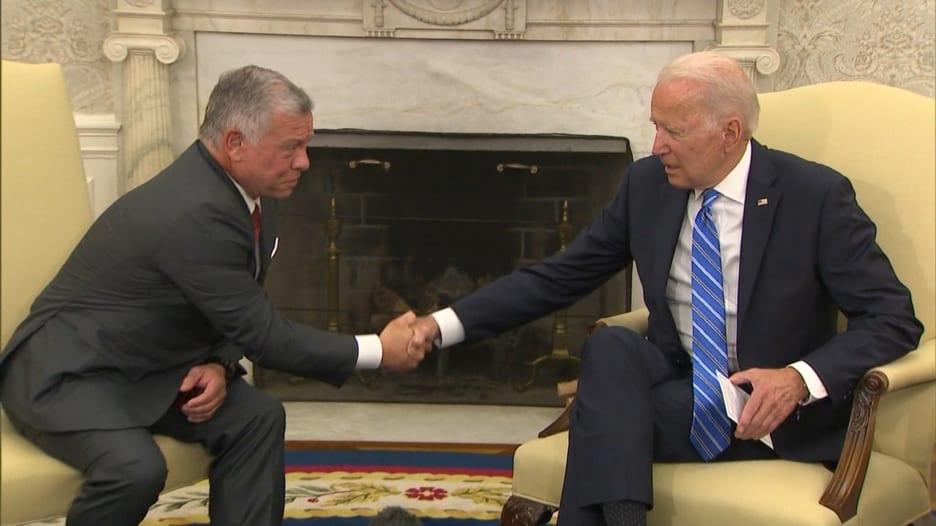 ملك الأردن يوضح فارق علاقته مع بايدن وترامب وتقييمه لسياستهما بالشرق الأوسط