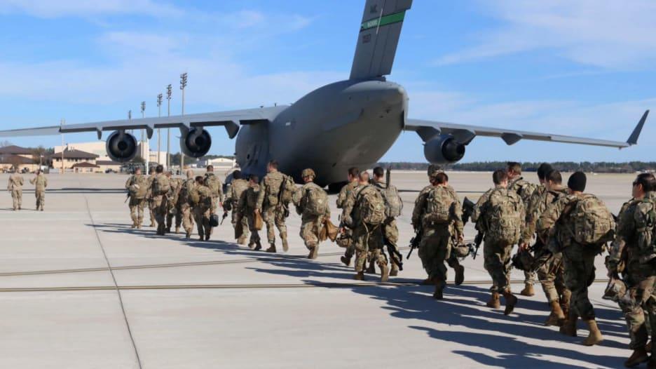 بعدما قرر سحبها.. بايدن يتراجع ويعلن تغيير مهمة الجيش الأمريكي في العراق