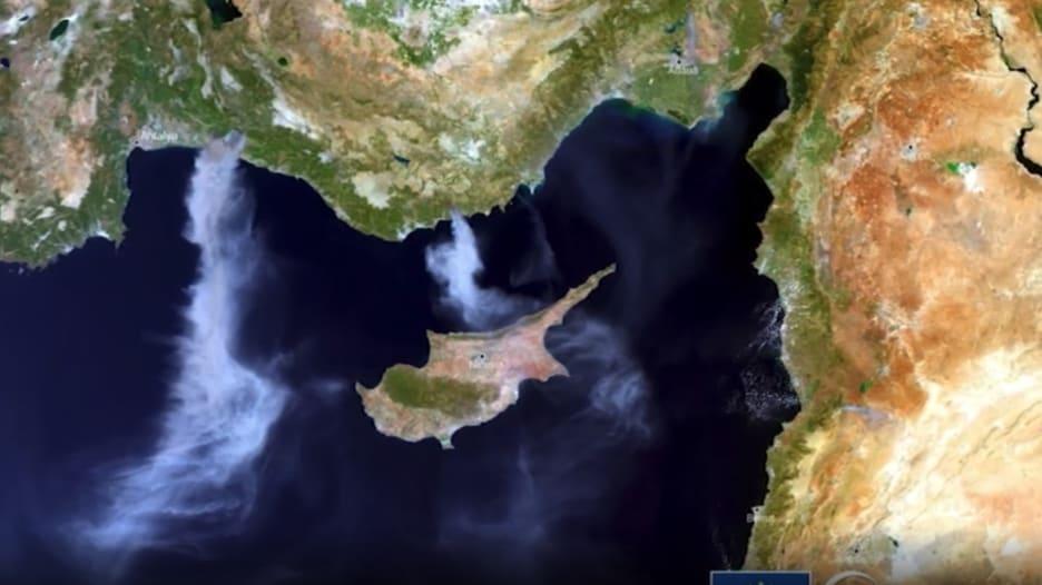 شاهد من الفضاء.. أقمار صناعية ترصد حرائق الغابات في تركيا