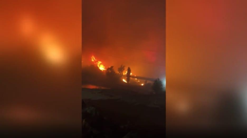 فيديو يظهر اندلاع الحرائق حول محطة حرارية تحتوي خزانات هيدروجين في تركيا