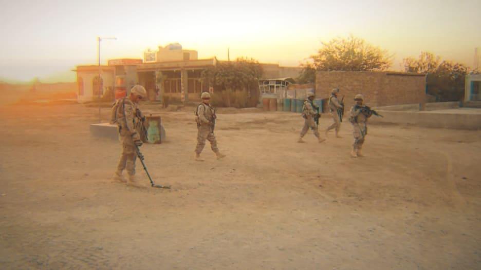 بعد استيلاء طالبان.. جنود أمريكيون خدموا في أفغانستان: ما مغزى ما مررنا به؟