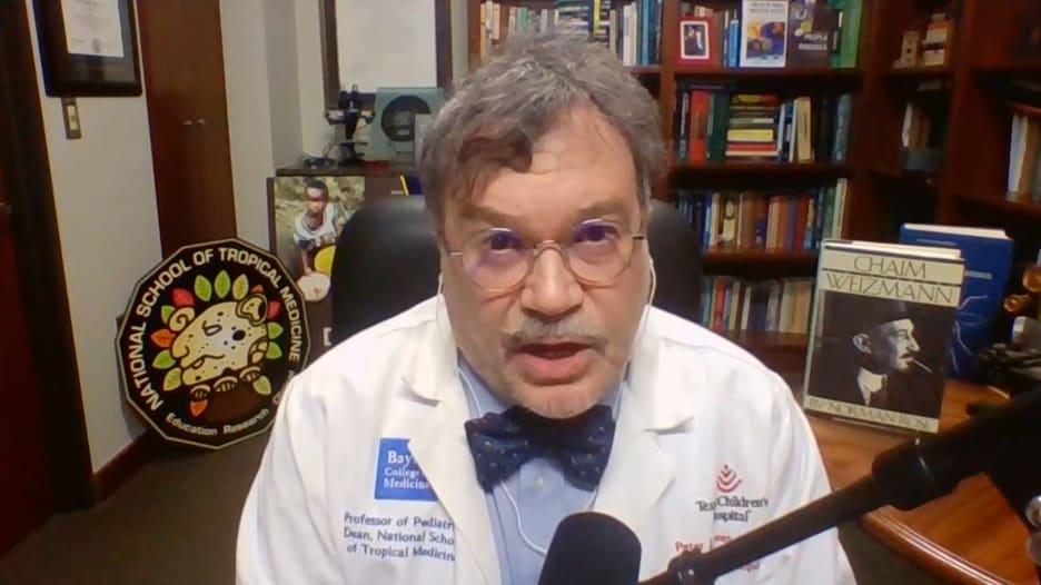 الجرعات المعززة وتطعيم الأطفال ضد فيروس كورونا.. طبيب يوضح