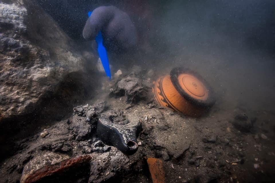 اكتشاف حطام سفينة حربية من العصر البطلمي بالمدينة الغارقة في مصر