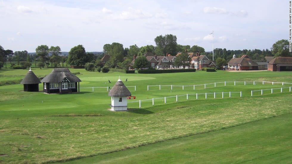 """نادي """"Royal St. George"""" للغولف في إنجلترا"""