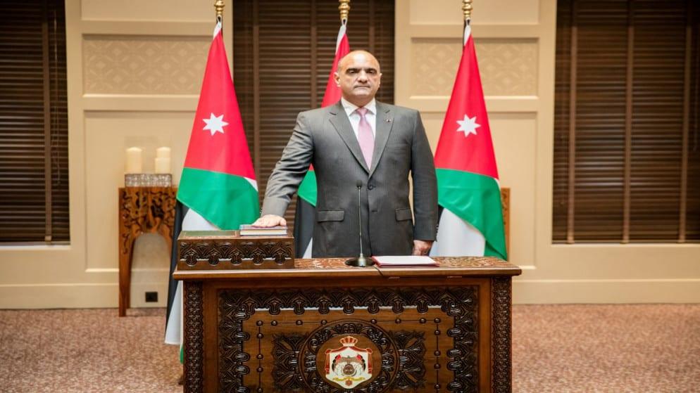 رئيس وزراء جديد في الأردن.. من هو بشر الخصاونة المُكلف من العاهل الأردني بتشكيل الحكومة؟