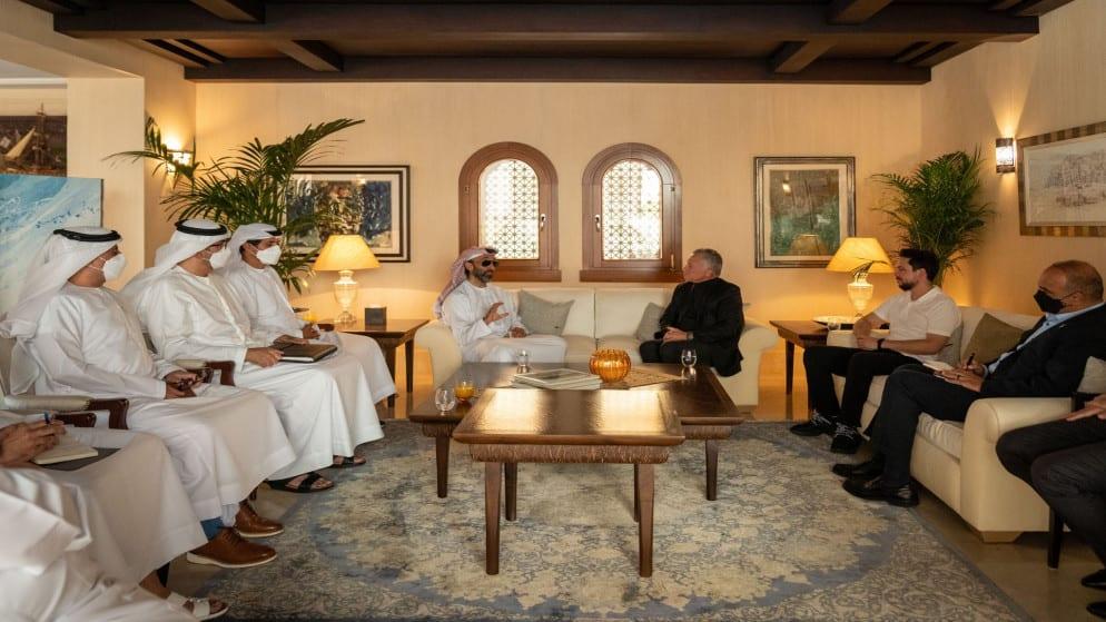 العاهل الأردني يستقبل مستشار الأمن الوطني الإماراتي