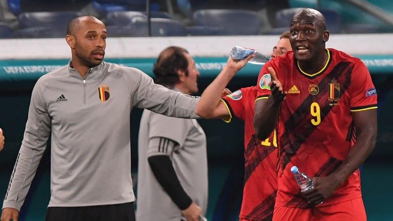 هنري يثير دهشة لاعبي بلجيكا في التدريبات.. فكيف كان رد فعل لوكاكو ودي بروين؟