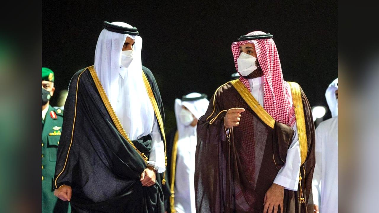 وزارة الخارجية تنشر الصور.. محمد بن سلمان يستقبل تميم بن حمد في السعودية