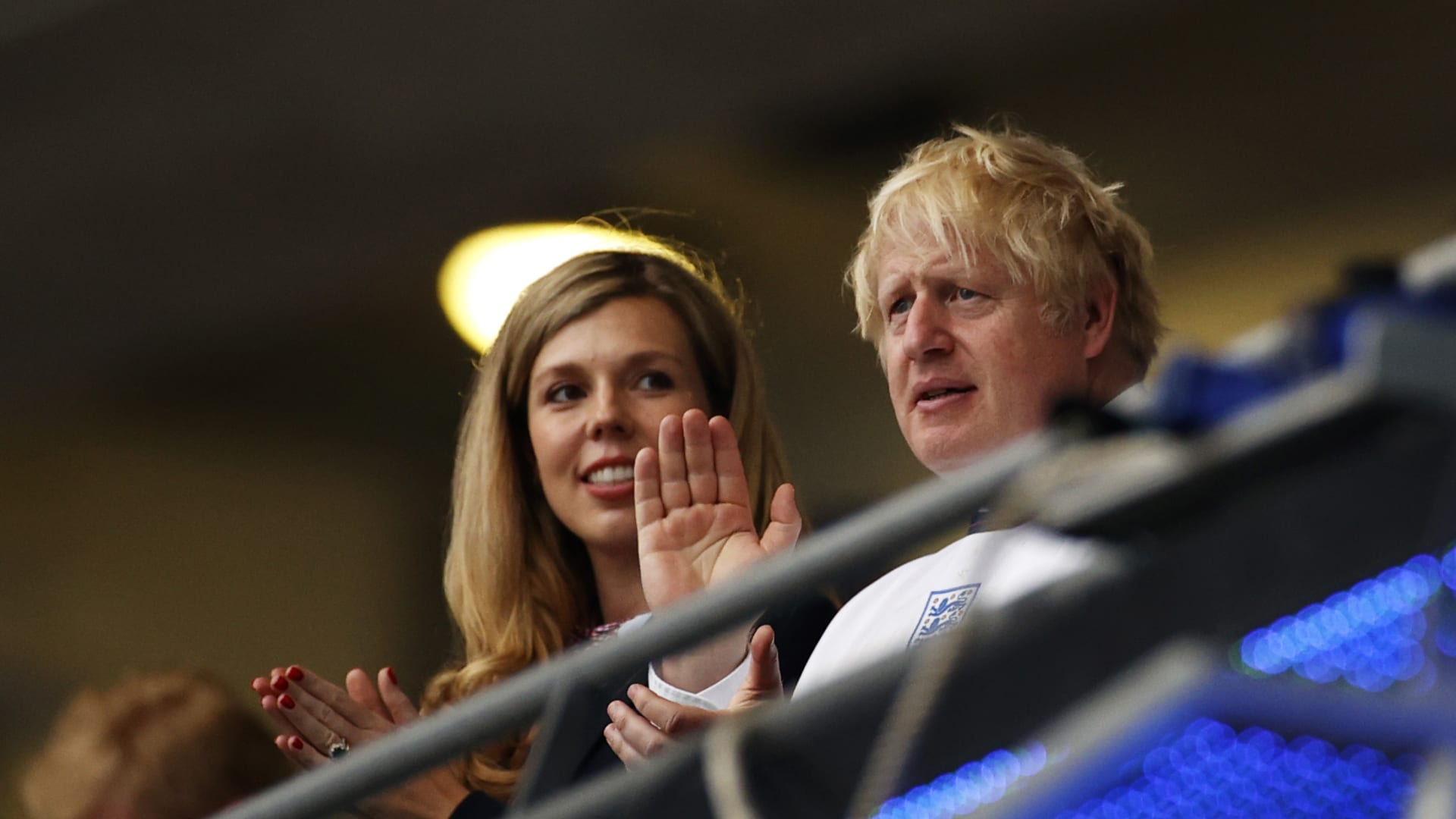 رئيس الوزراء البريطاني بوريس جونسون وزوجته كاري جونسون
