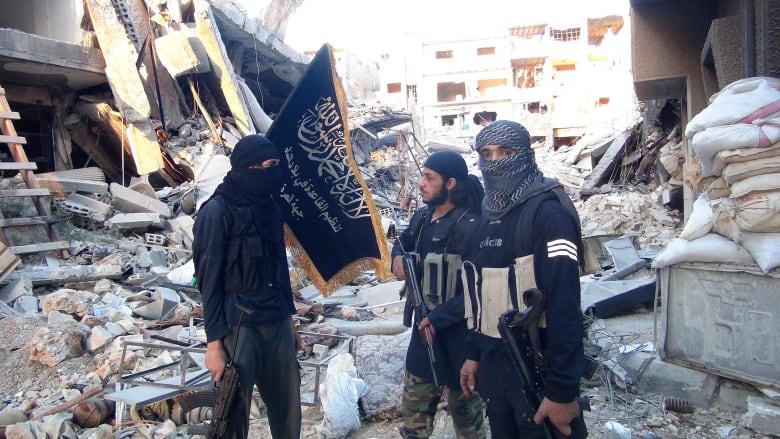 عناصر في جبهة النصرة الموالية لتنظيم القاعدة في سوريا - سبتمبر 2014