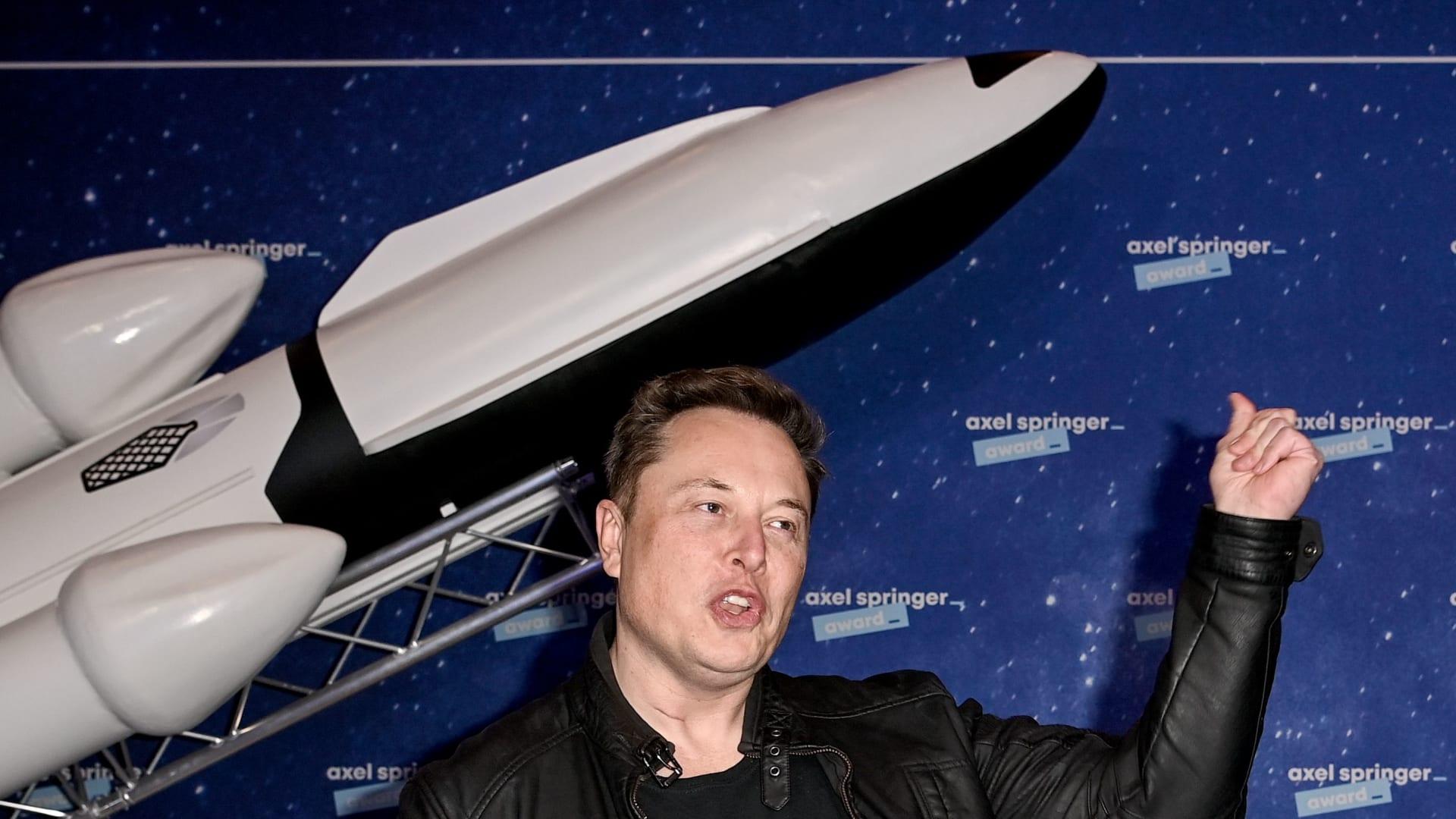"""مهمة فضاء """"استثنائية"""".. ناسا وسبيس إكس تستعدان لصنع التاريخ"""