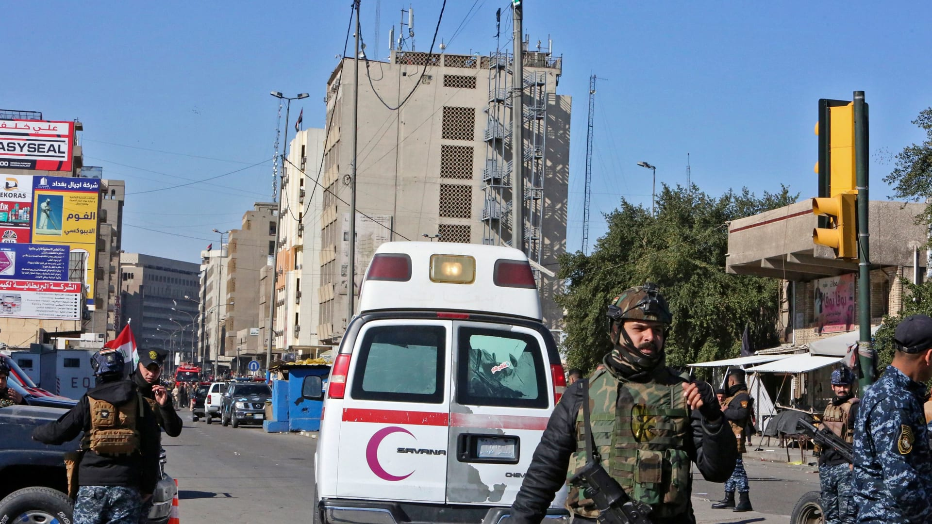 العراق: مقتل 32 وإصابة 110 على الأقل في تفجير مزدوج وسط بغداد