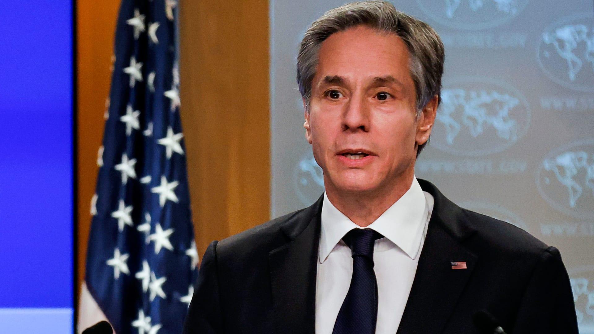 وزير الخارجية الأمريكية يناقش مع نظيره الإماراتي الانفتاح مع إسرائيل وحل الخلاف مع قطر