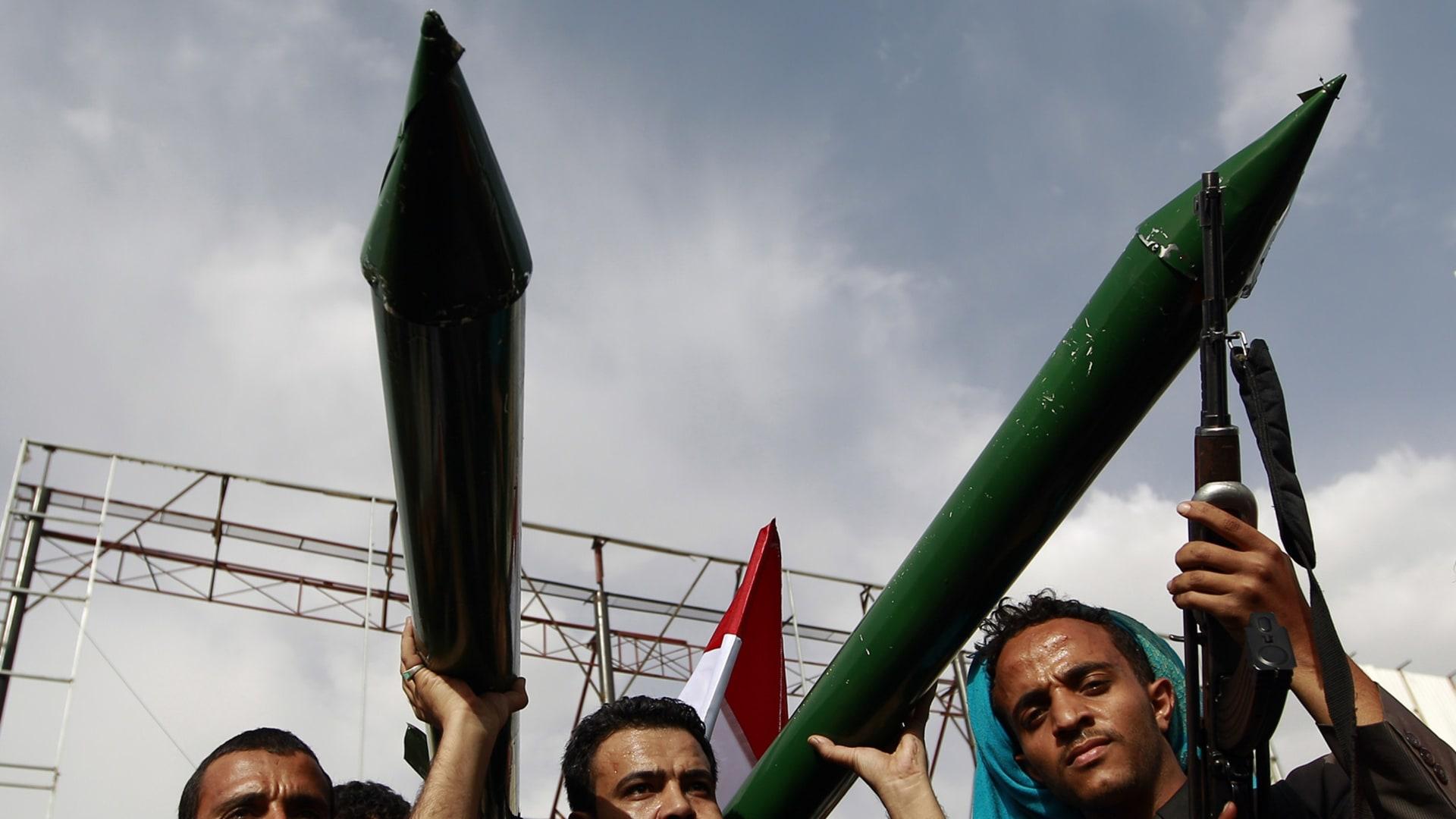 كل ما قد تود أن تعرفه عن المبادرة السعودية ورد الحوثيين والمجتمع الدولي