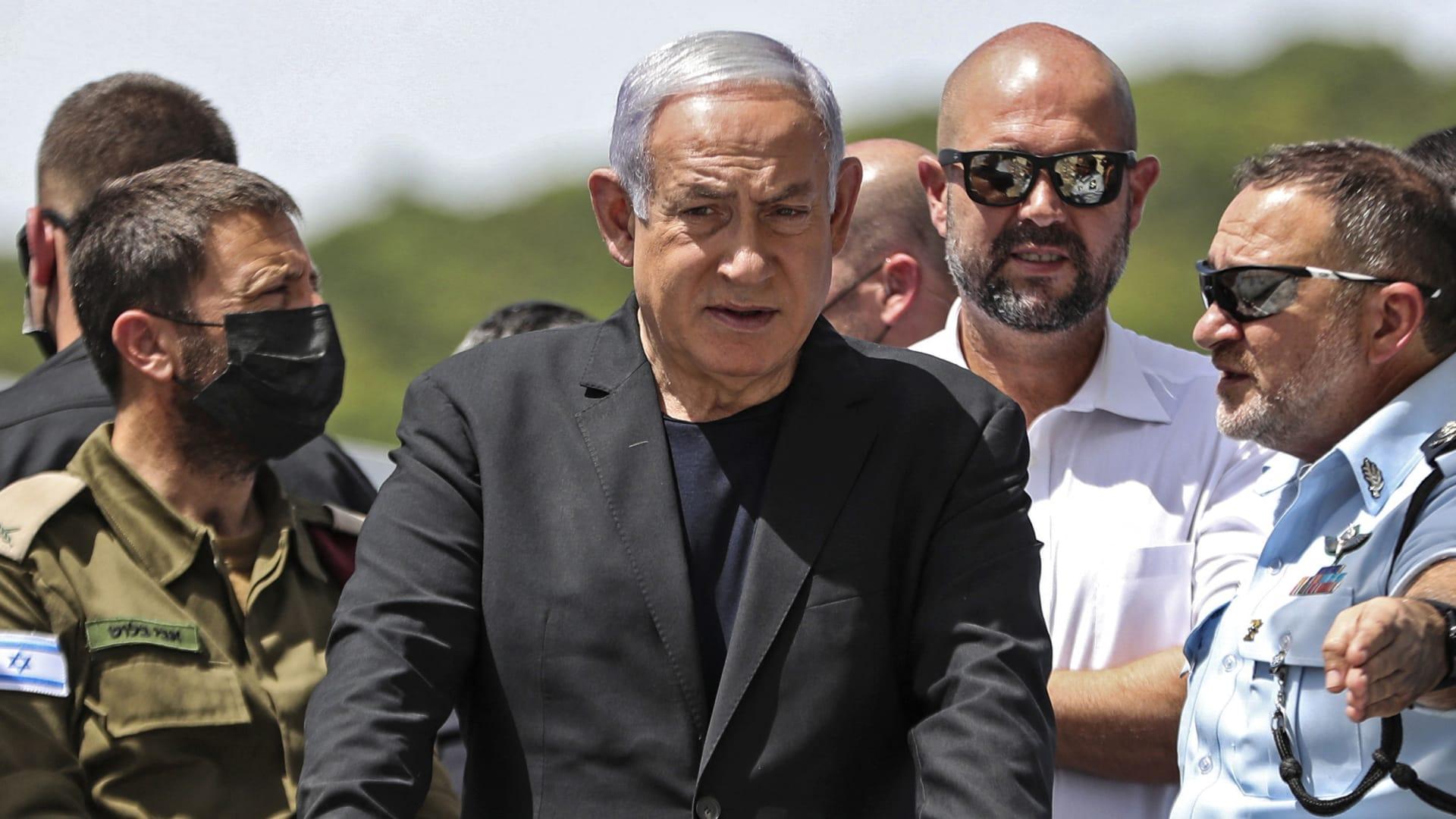 """نتنياهو يزور موقع التدافع خلال احتفالات """"عيد الشعلة"""" في """"قرية ميرون"""""""